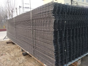 Big mesh black wire welded mesh