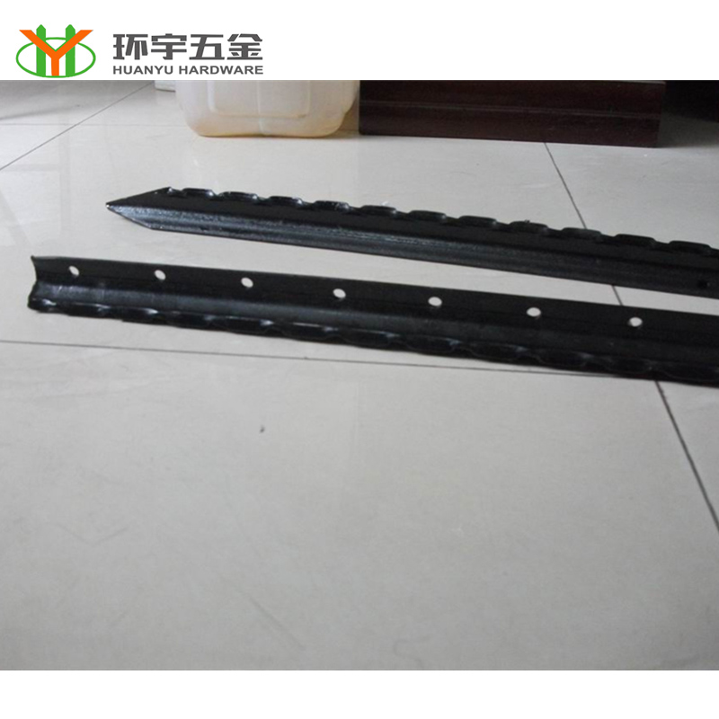 Black Painted Steel Warratahs