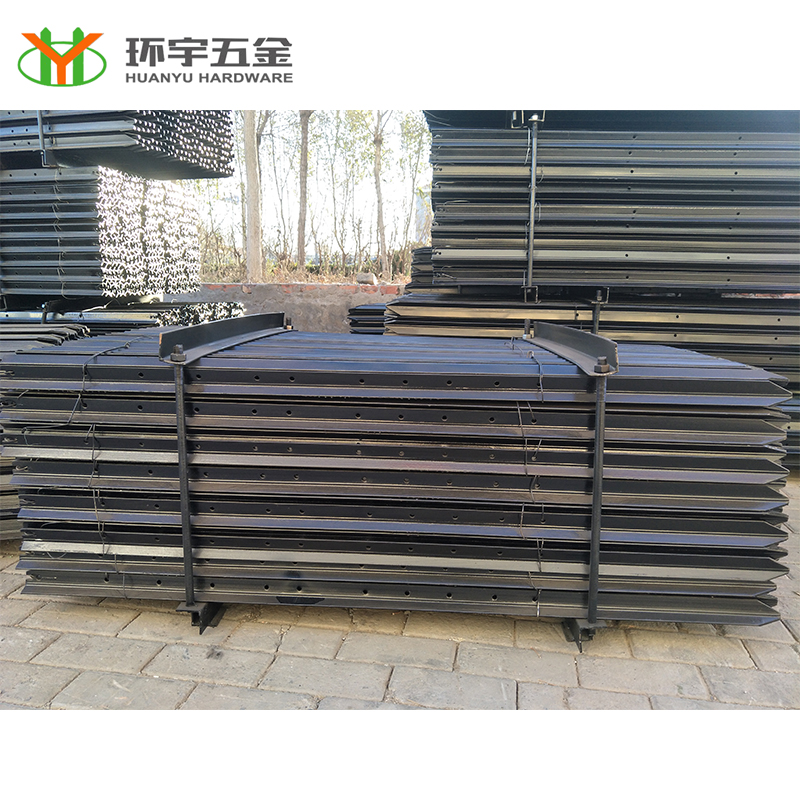 black painted y shaped fence post/metal fence posts