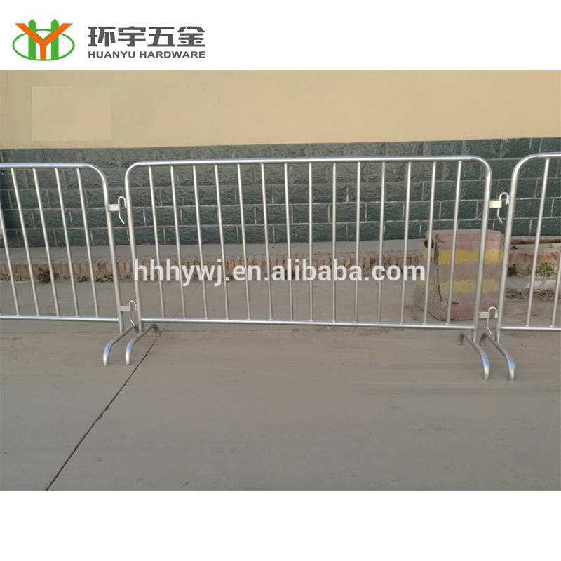 hot dipped galvanized temporary barricade fence metal crowd control barrier for sale