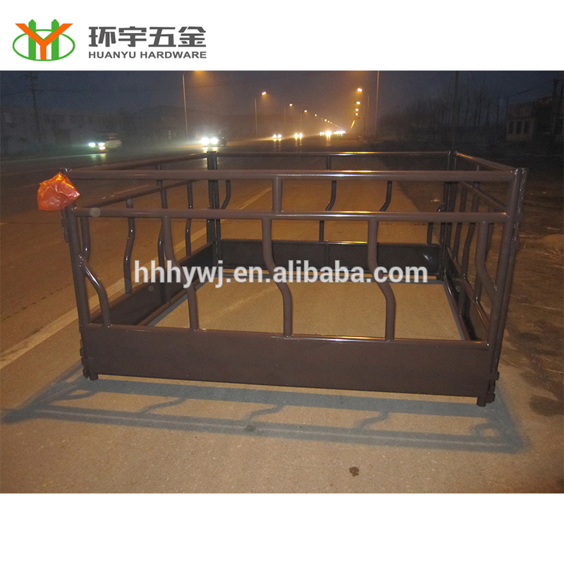 High Quality Livestock Hay Bale Feeder For Cattle