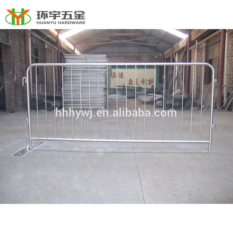 Good quality galvanized queue fence factory direct