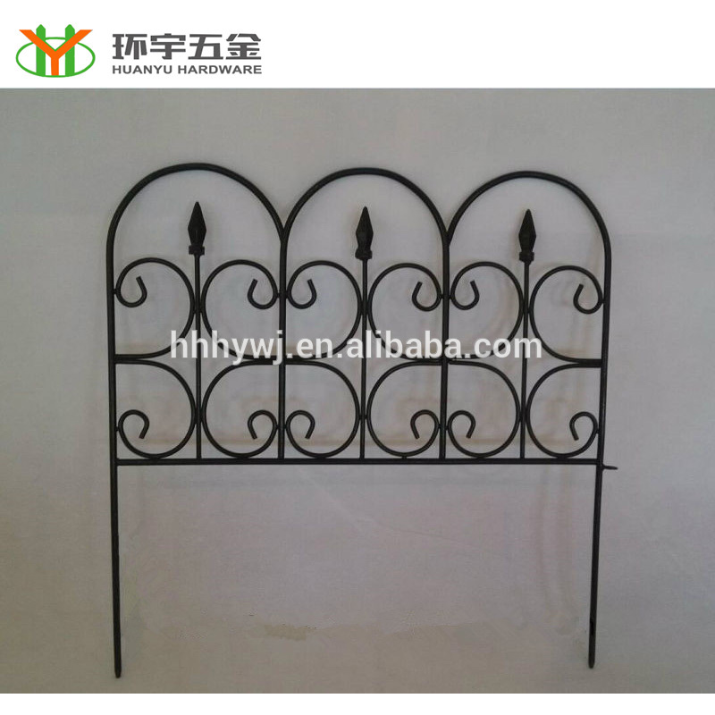 Chinese supplier black powder coated portable garden fence